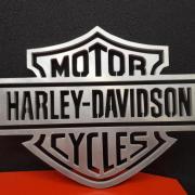 Harley Davidson dans de l'aluminium de 10mm d'épaisseur.
