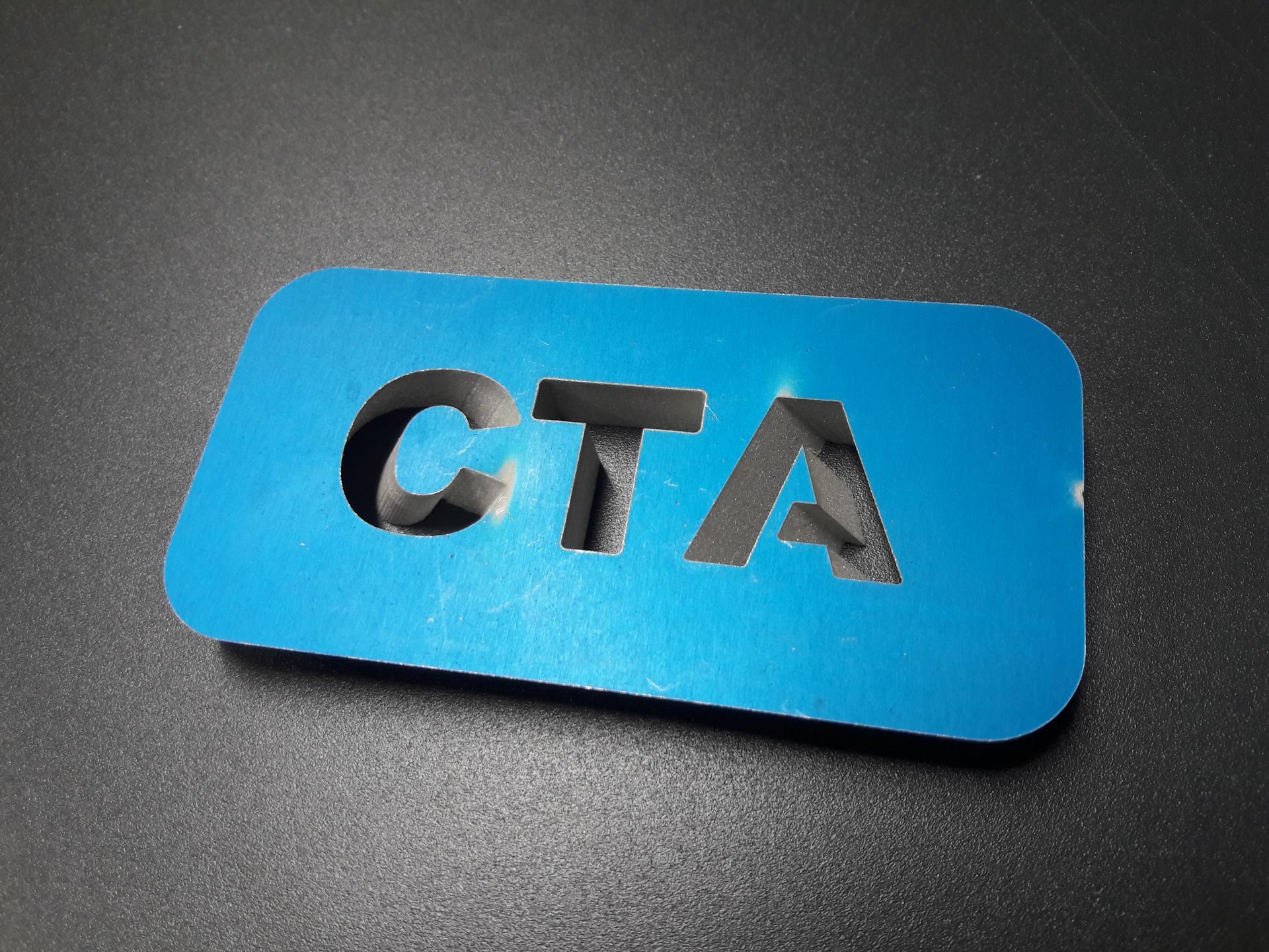 Découpe chanfreinée (2,5D) dans de l'aluminium de 8mm d'épaisseur.